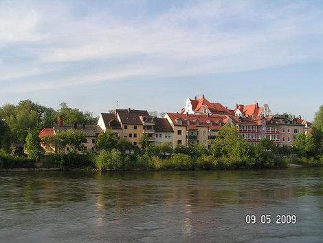 Набережная Дуная Регенсбург, Германия