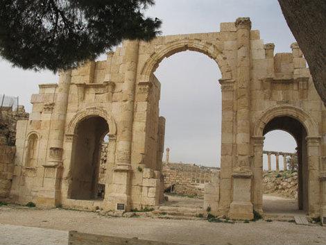 Южные ворота Джераша