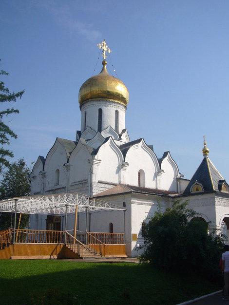 Еще один храм.