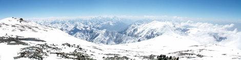 Вид на Памир с вершины п.Ленина