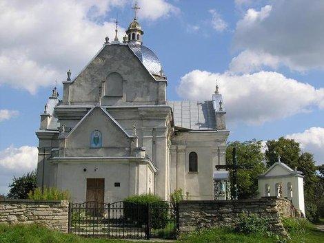 Успенский костел в Свирже