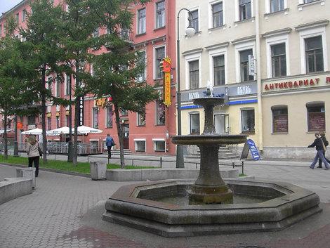 Один из фонтанов.