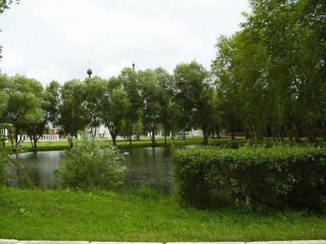 Озеро рядом с Успенской церковью.