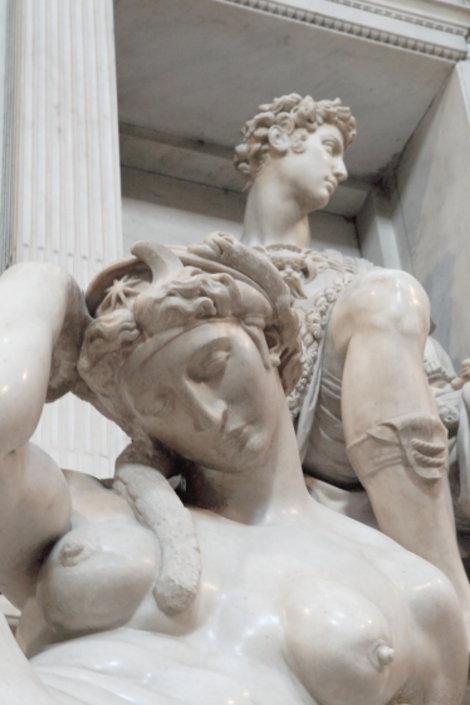Ночь и  аллегорический портрет Джулиано Медичи