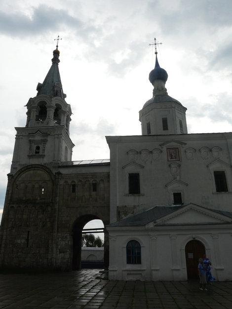 Храм и палаты Андрея Боголюбского