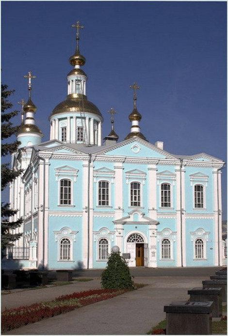 В Спасо-Преображенском соборе в Тамбове хранились два редких издания Евангелия.