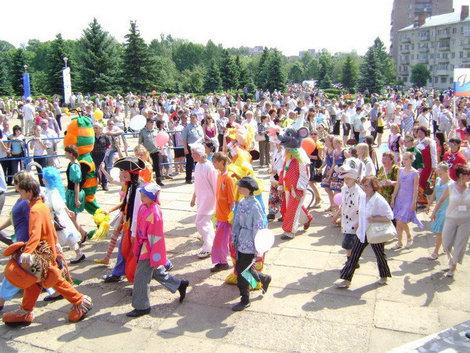 Рыбинск. День города. Веселится и ликует весь народ