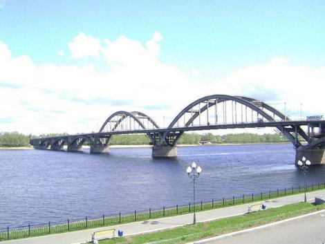 Символ Рыбинска. Волжский мост. Построен в 1963 году