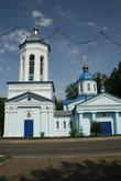 Николаевская церковь, построенная в духе романтической Пушкинской эпохи сильно пострадала после революции. В 1990-х годах ее отреставрировали и открыли для прихожан. Это единственная церковь, сохранившаяся от Успенского комплекса на Базарной площади.