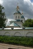 Троицкая церковь 1771 года постройки. В советское время в ней находились столярная и протезно-ортопедическая мастерские. Напротив мастерских было здание студенческого профилактория, в котором я ни раз жила.