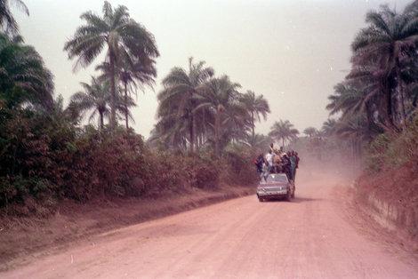 Обычное дело на африканских дорогах