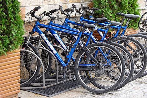 Отели предлагают велосипеды напрокат