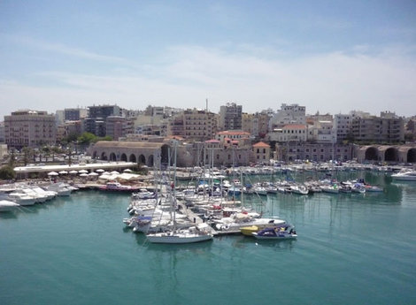 Вид на портовую часть Ираклиона