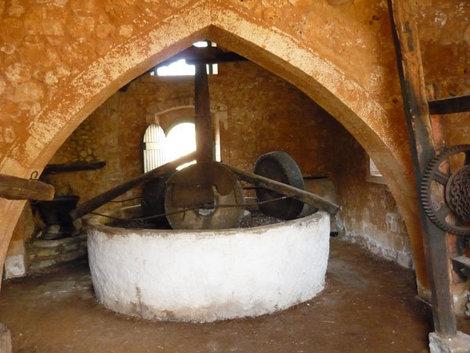 Пресс для изготовления оливкового масла