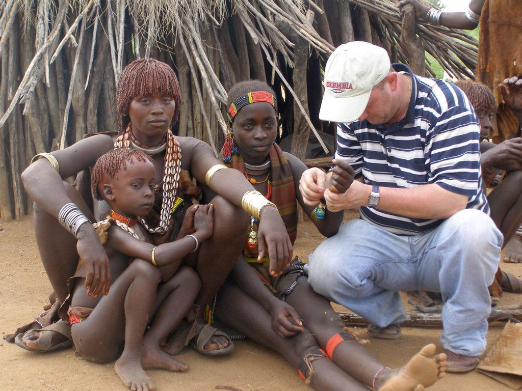 Сексуальное воспитание африканских девочек смотреть