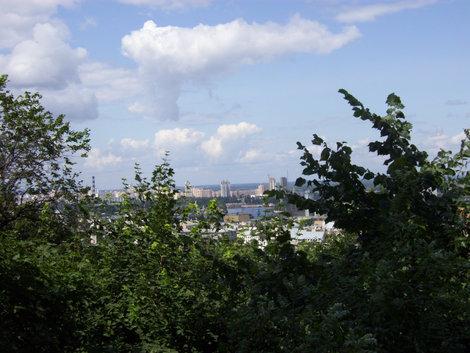 Киев с площадки у Андреевской церкви