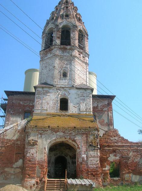 Восстанавливаемая церковь в Поречье