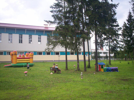 СПА: одна из детских площадок