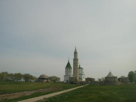 Общий вид части памятников древней столицы Волжской Булгарии
