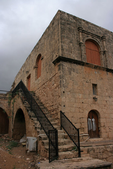 монастырь в Айя-Напе