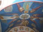 Потолок арки, ведущей к Успенскому собору и пещерам