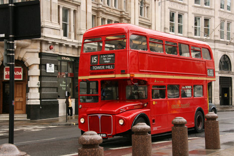 старые английские автобусы