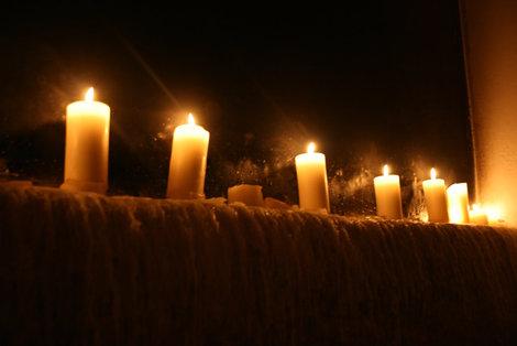 освещение в ресторане Olde Hansa