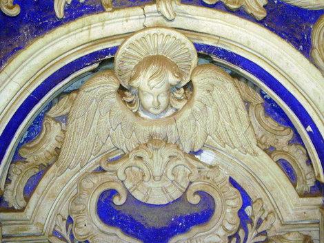 Новый Иерусалим. Изображение ангела в Воскресенском соборе