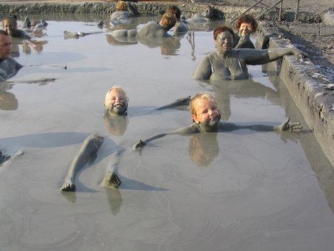 Грязевые ванны на центральном пляже