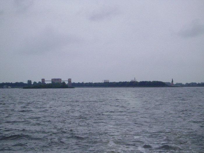 Так выглядит Рыбинск с моря.