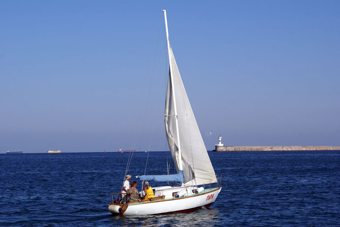 Яхта в Севастополе