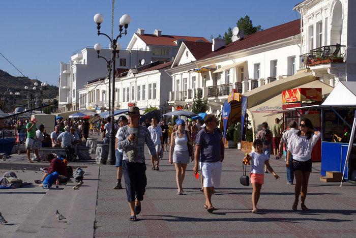 Прогулка по набережной, Балаклава