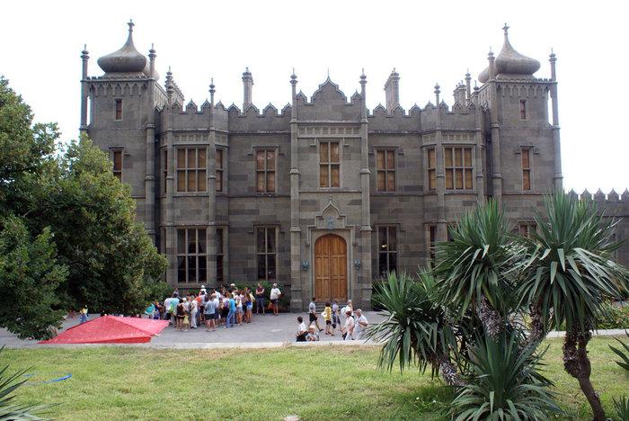Воронцовский дворец — вид с внутреннего двора