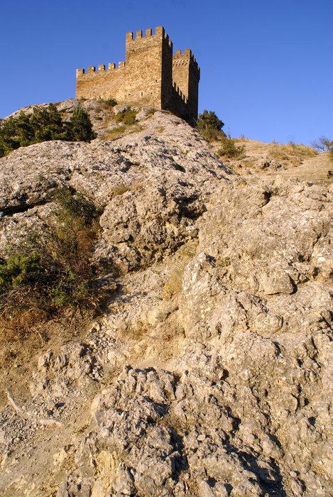Замок на скале, Судак