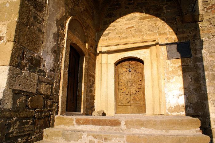 Вход в мечеть, Генуэзская крепость, Судак