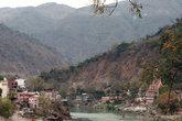 Ганга и мост Лакшман Джула
