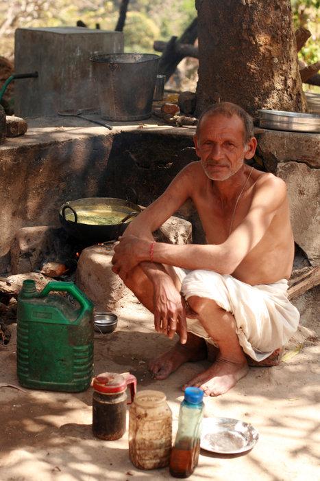 абориген Халдвани, Индия
