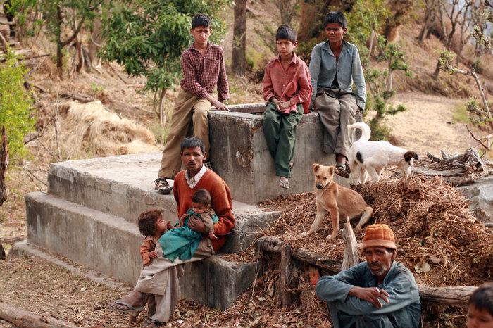 семейство аборигенов Халдвани, Индия