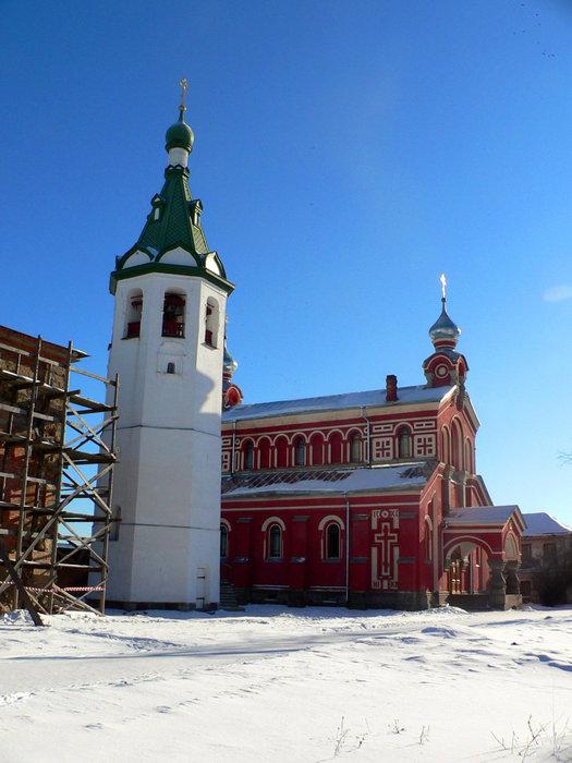 Колокольня и храм Николая Чудотворца