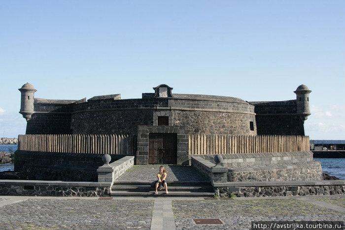 Черная крепость