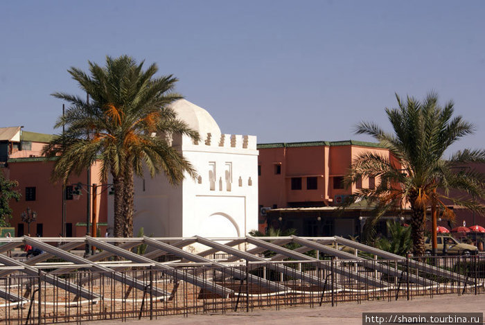 Археологические раскопки у мечети Кутубия