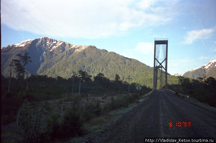 Впереди — мост