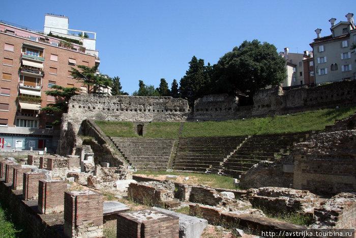 руины древнеримского театра
