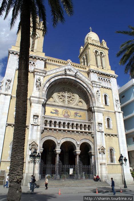 Собор Святого Винсента де Поля в Тунисе