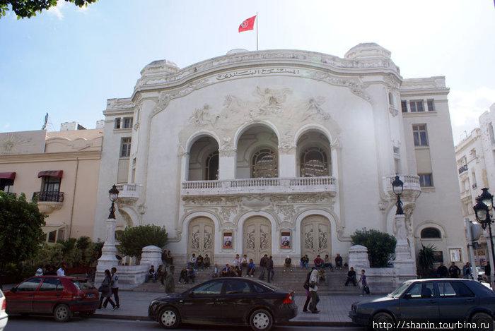 Театр в Тунисе
