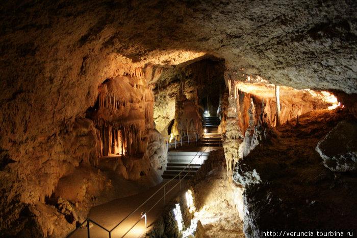 Сказочный мир Мраморной пещеры