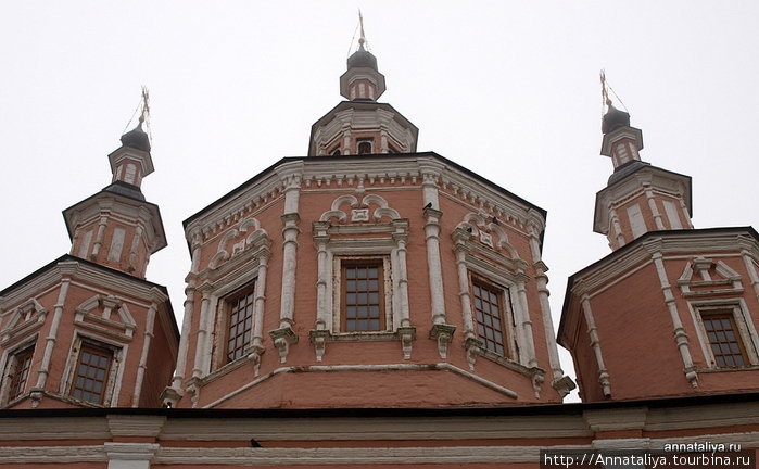 Купола Сретенской церкви