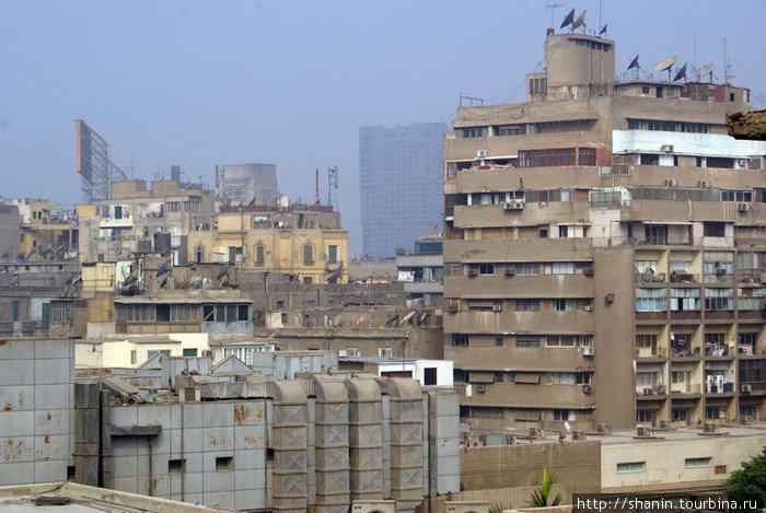Вид из окна гостиницы Сесилия в Каире