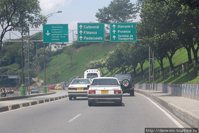 Окраина Букараманги. Трасса в сторону Боготы