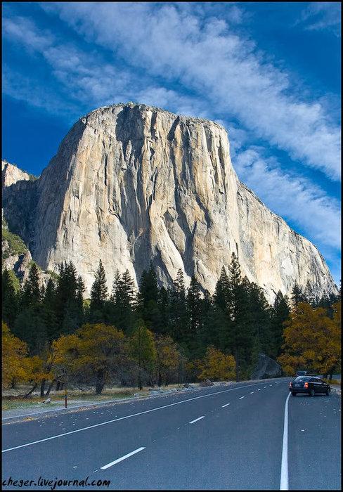 На подъезде в парку Йосемити Национальный Парк, CША